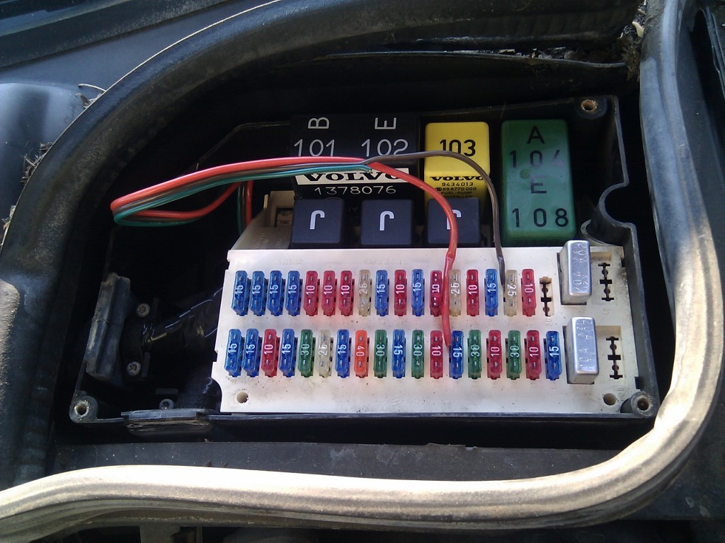 1995 850. How to get to the b+ under the fuse box? - Volvo Forum + help for  owners | Volvo 440 Fuse Box |  | www.matthewsvolvosite.com