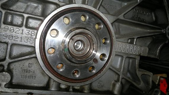 Rear main seal change/clutch removal -850 Manual - Volvo Forums