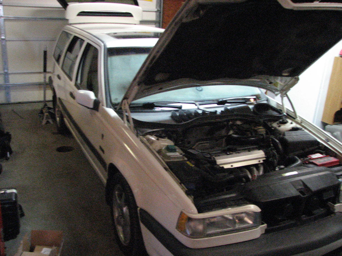 "False ""Bulb Failure Low Beam"" Message - 2004 XC90 T5 - Matthews Volvo Site"