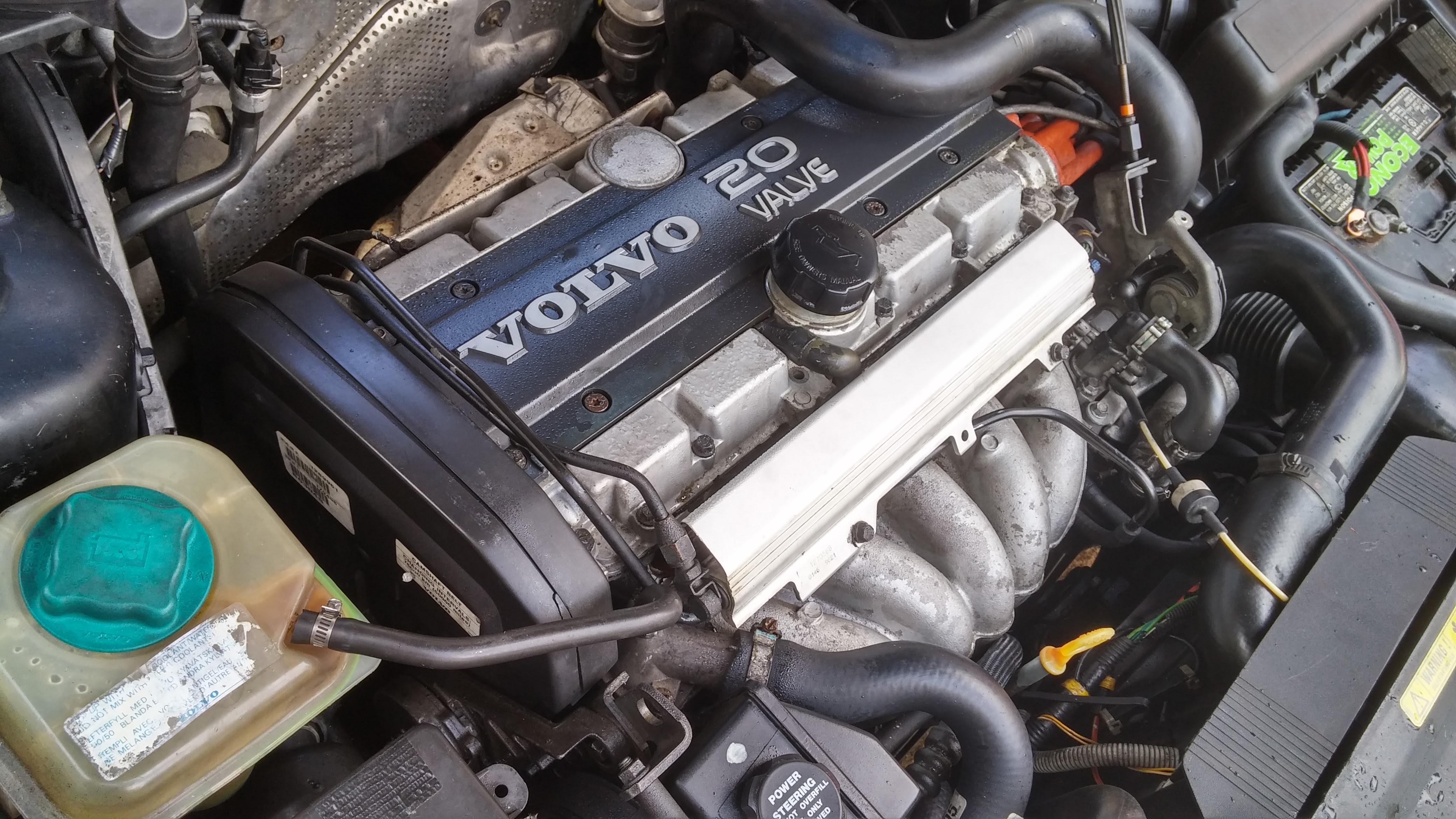 '98 V70 Water Leaking into Engine Bay