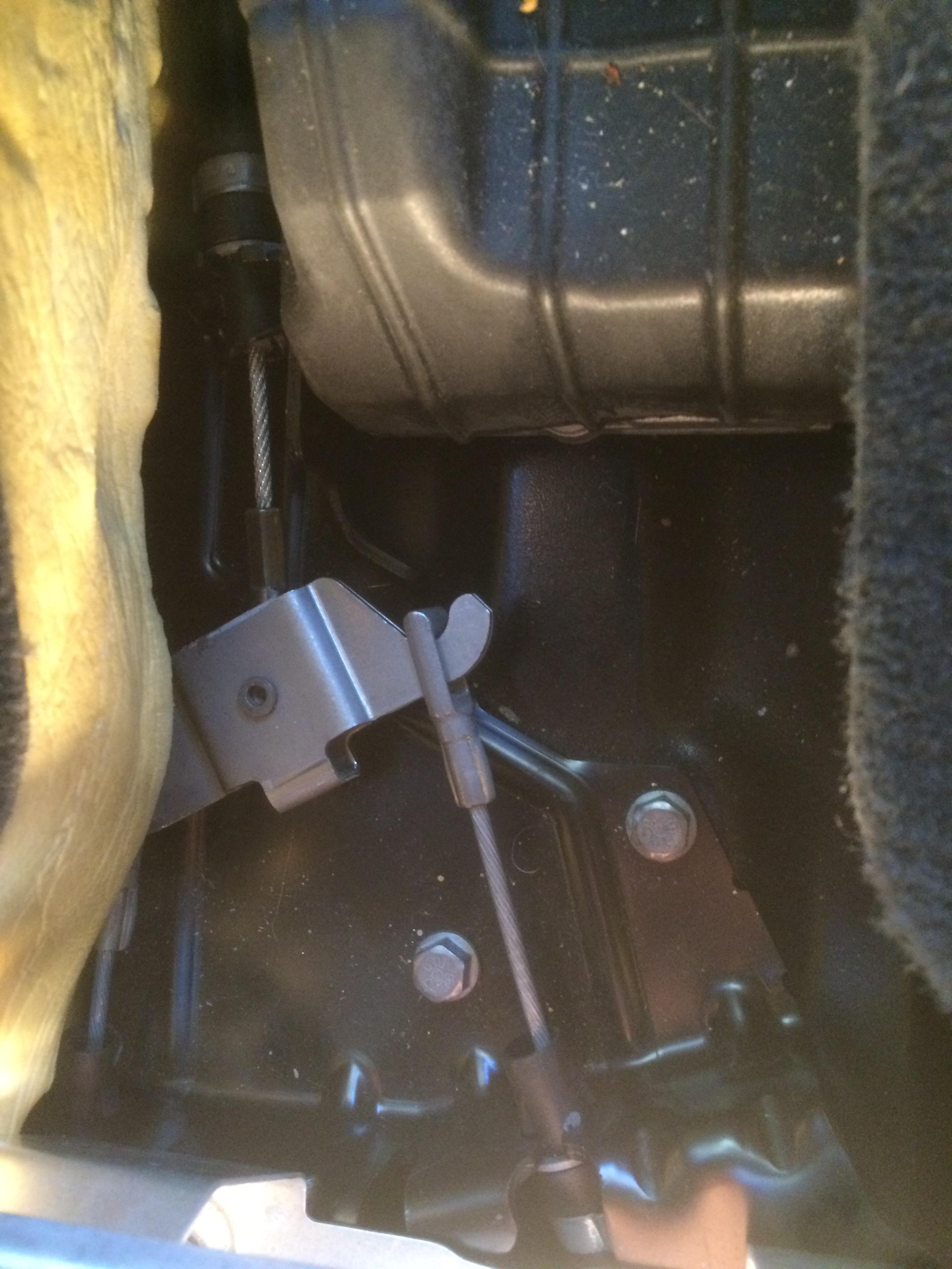 2008 XC90 Parking brake problems