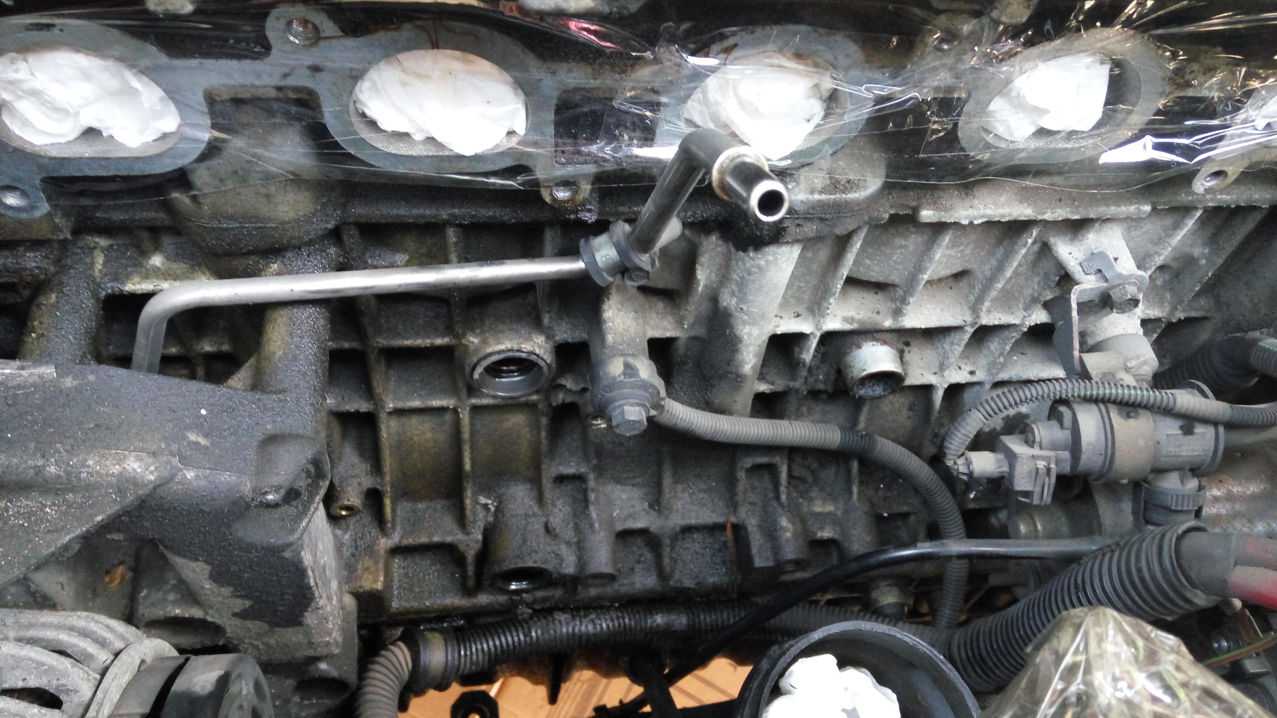2005 XC90 T6 Oil Leak