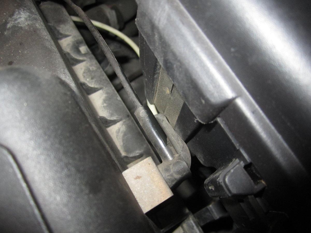 Vacuum Lines To Air Box Citroen Diagram 2000 V70r 5 Speed Auto Trans Id Plate 002