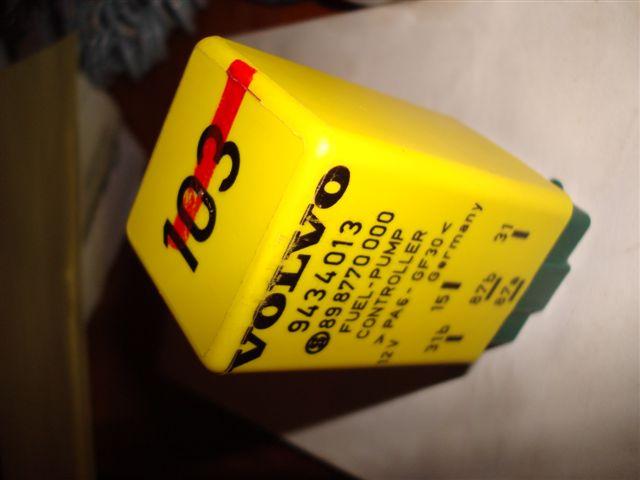 File on Volvo 850 Fuel Pump Relay Location