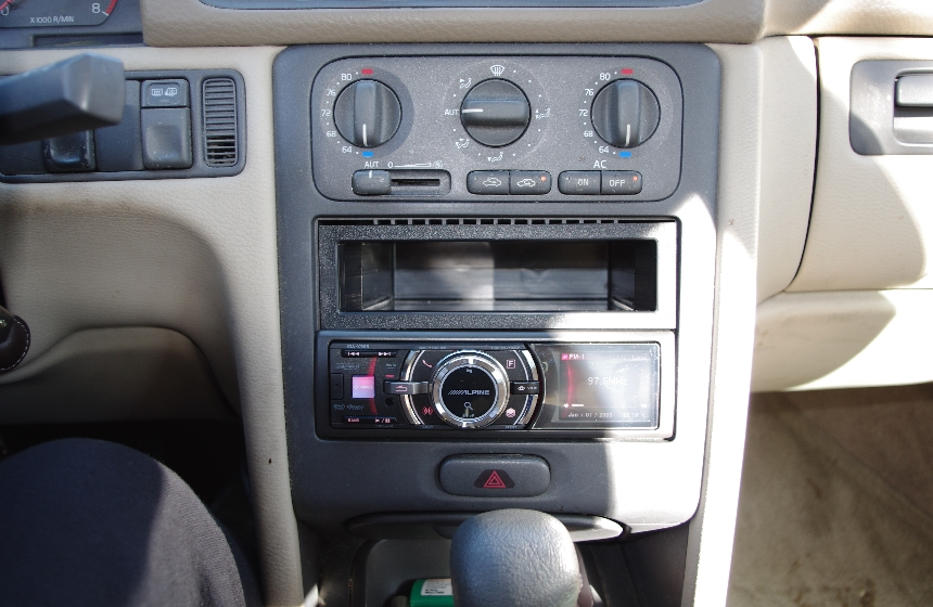 Double DIN aftermarket replacement for the SC-810 - Page 2