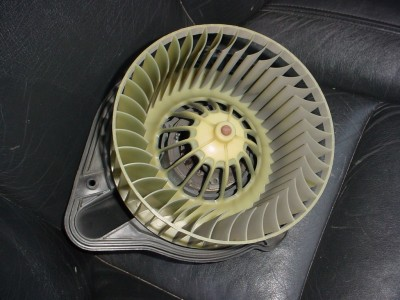 Volvo 850, S70, V70, XC70 Climate Blower Replacement