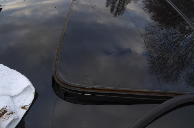 Volvo sunroof repair