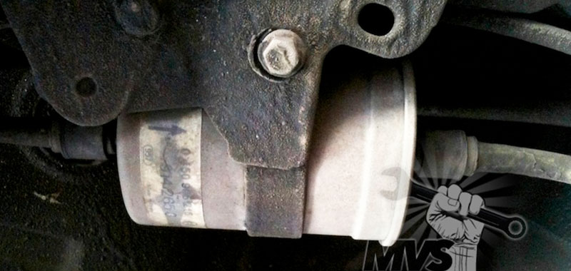 How To Change Your Fuel Filter  Guide  Tips  And Tricks