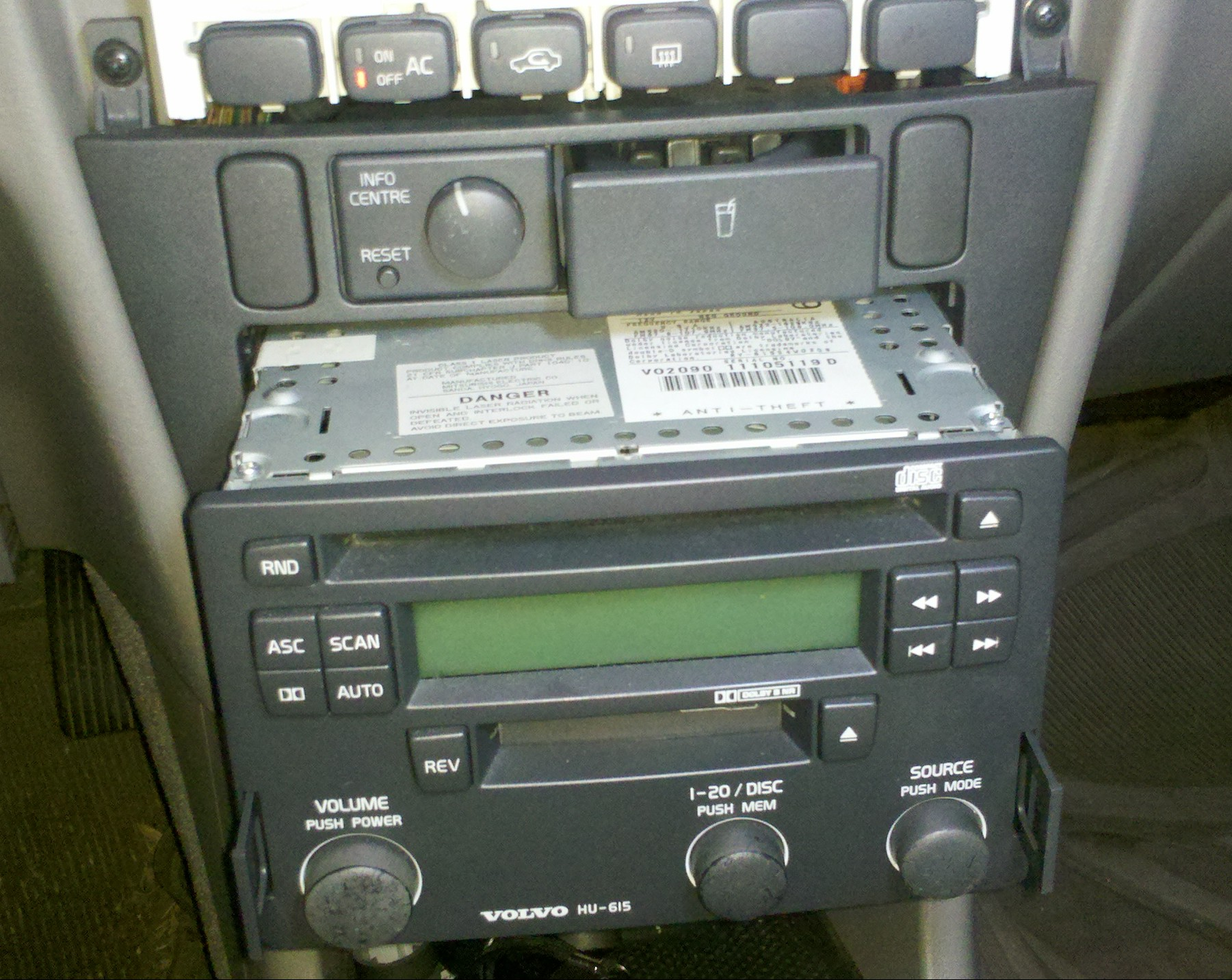 Removing Radio Climate Control Face Mvs