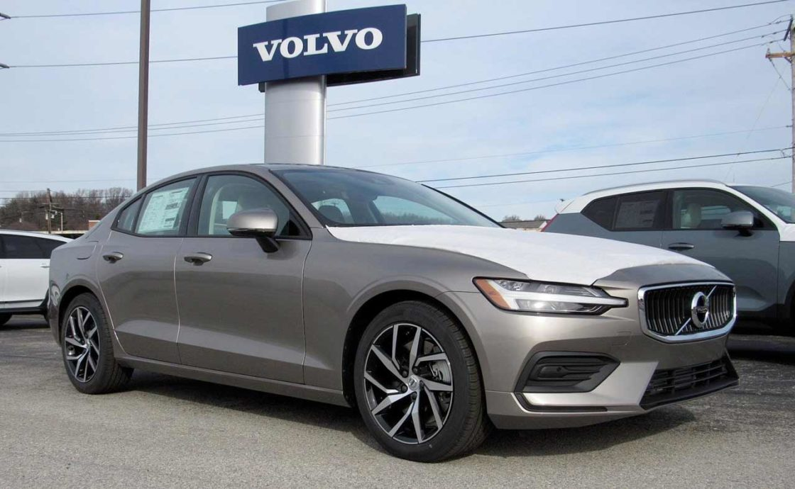 Volvo dealer lot