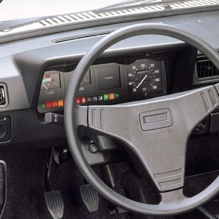 Volvo 343 L