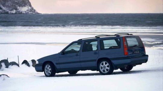 Volvo V70 XC -  1998, 2003, Exterior, Historical, Images, V70 (2007), V70 Gen I, VOLVO V70 Gen I/V70XC (1996-2000)