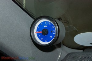 Installing a Boost Gauge on your Volvo