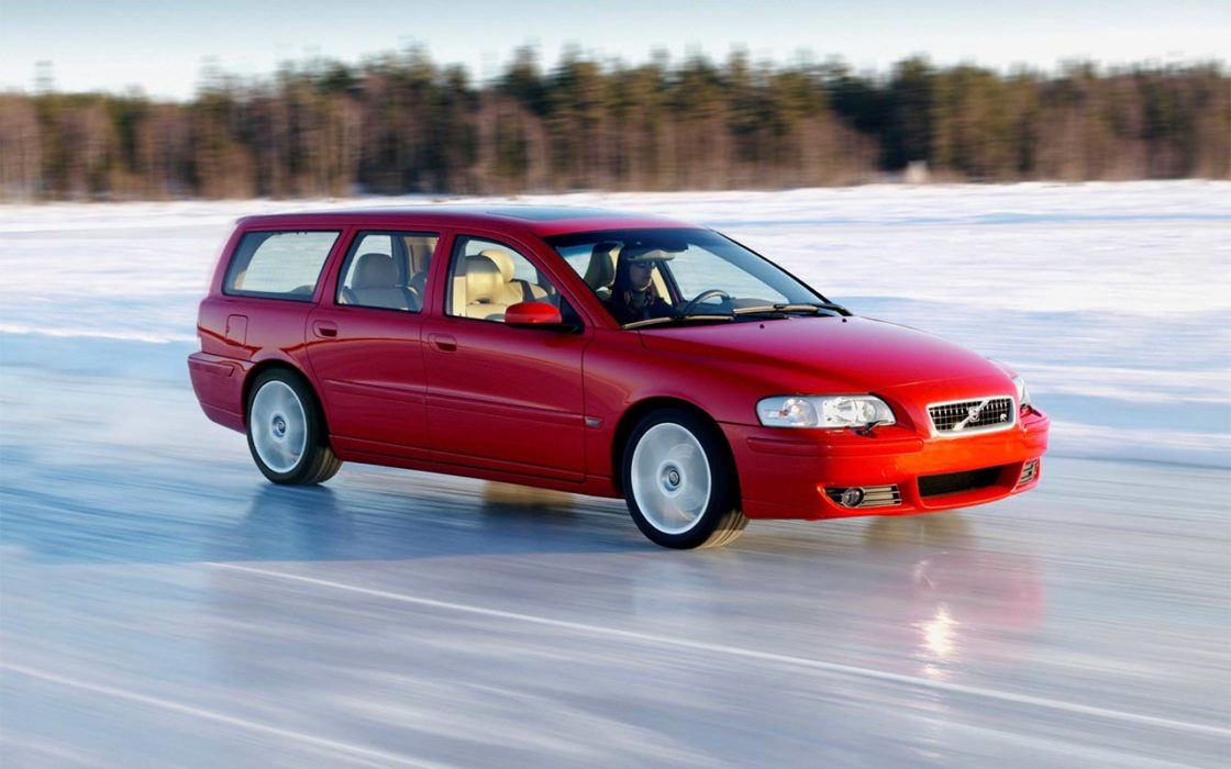 V70_R_Winter_Driving