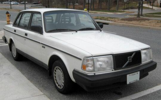 1986 240 white 4-door