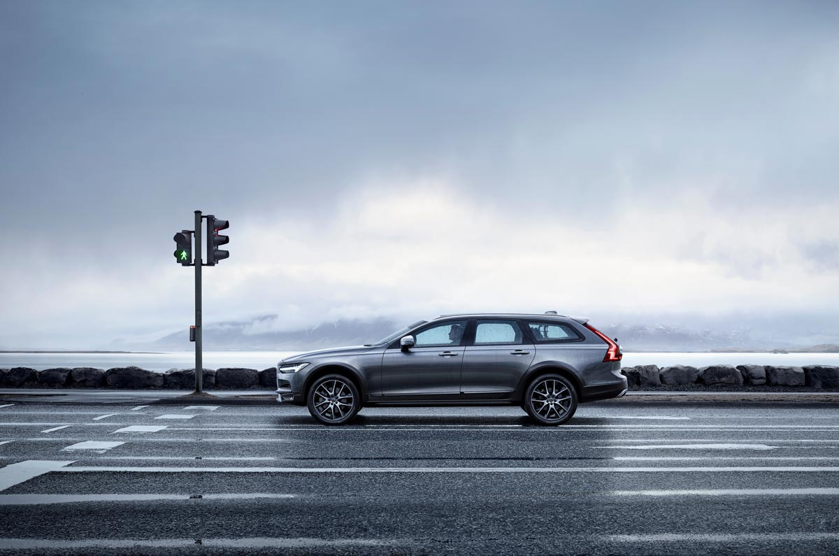 the new V90 Cross Country