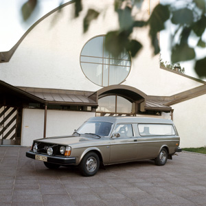 Volvo Hearse! And More Old, Odd Volvo 240 Photos