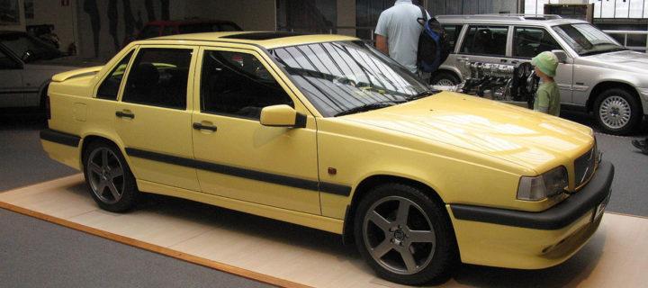 Volvo Cream Yellow T5 R paint code 607