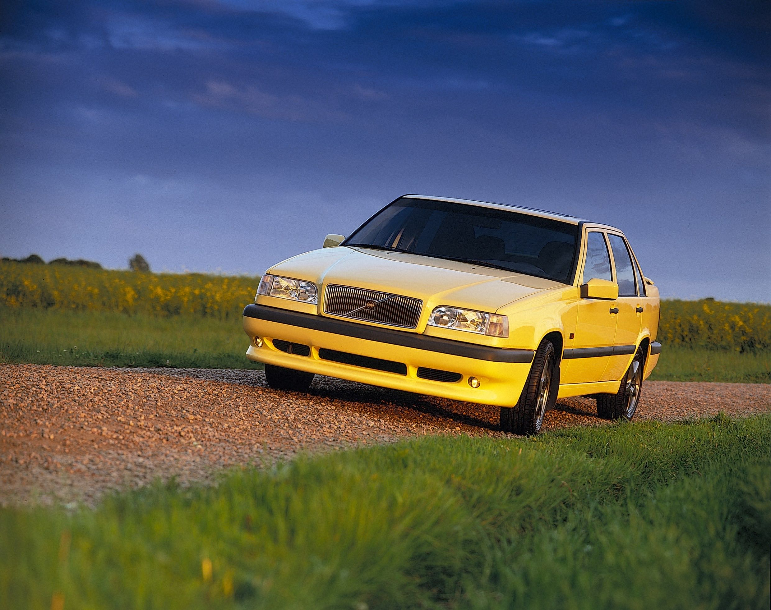 1995 Volvo 850 T 5r, Yellow -  850, 1995, Exterior, Historical, Images, T-5R, Yellow, Yellow T-5R