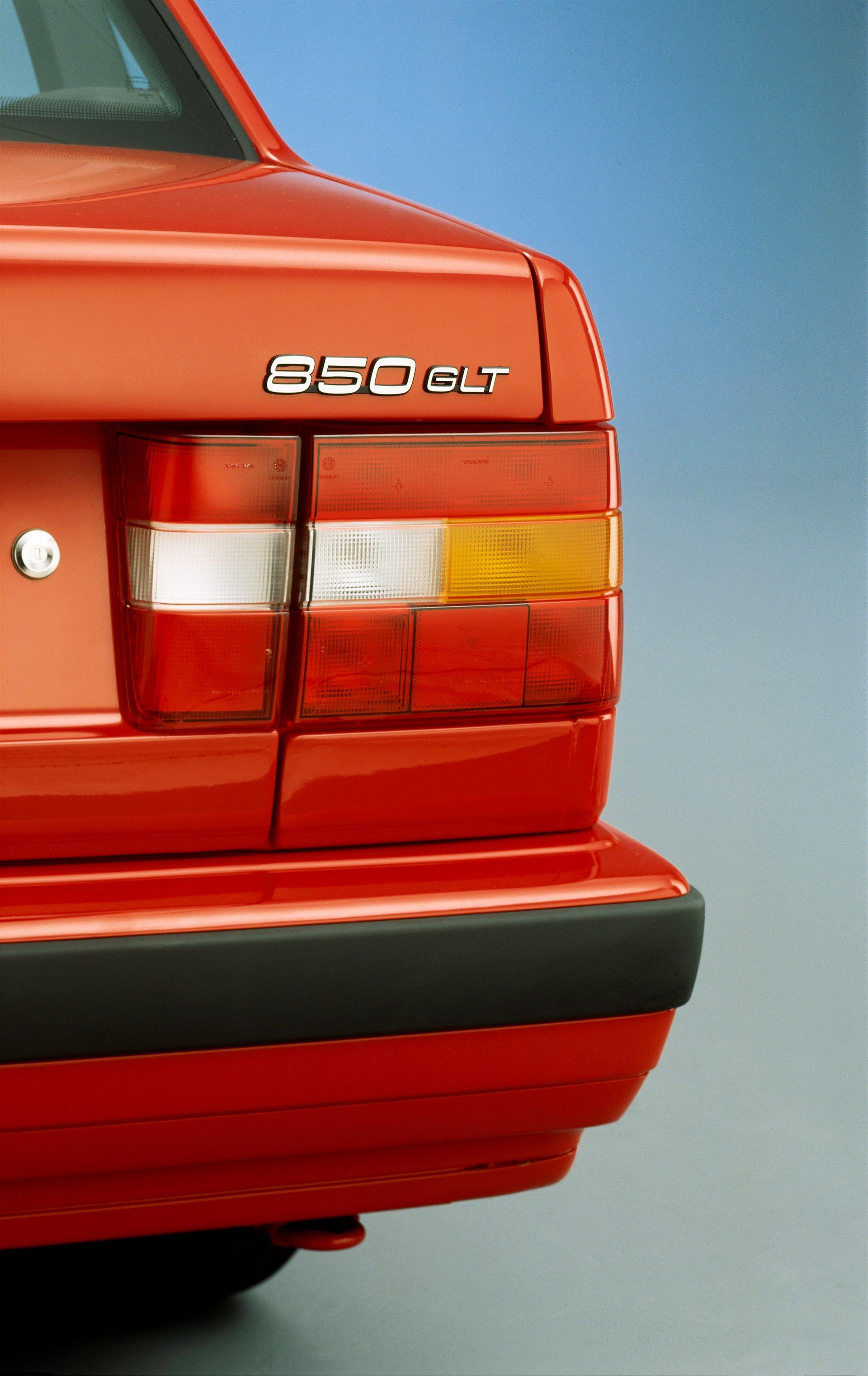 Volvo 850 -  850, 854, 1992, Detail, Exterior, Historical, Images, sedan