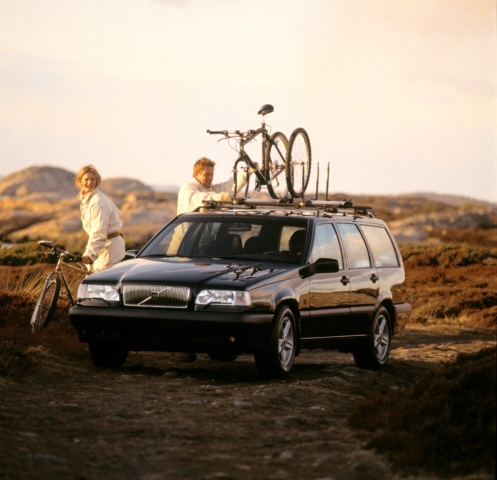 Volvo 850 -  850, 850 wagon, 1996, Exterior, Historical, Images, People