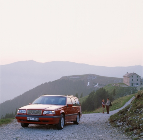 Volvo 850 -  850, 850 wagon, 1995, Exterior, Historical, Images