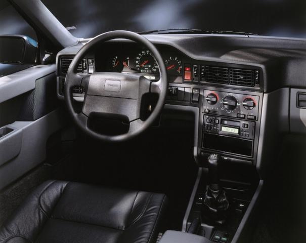 Volvo 850 Interior -  5-speed, 850, 850 dash, Historical, Images, Interior, manual transmission