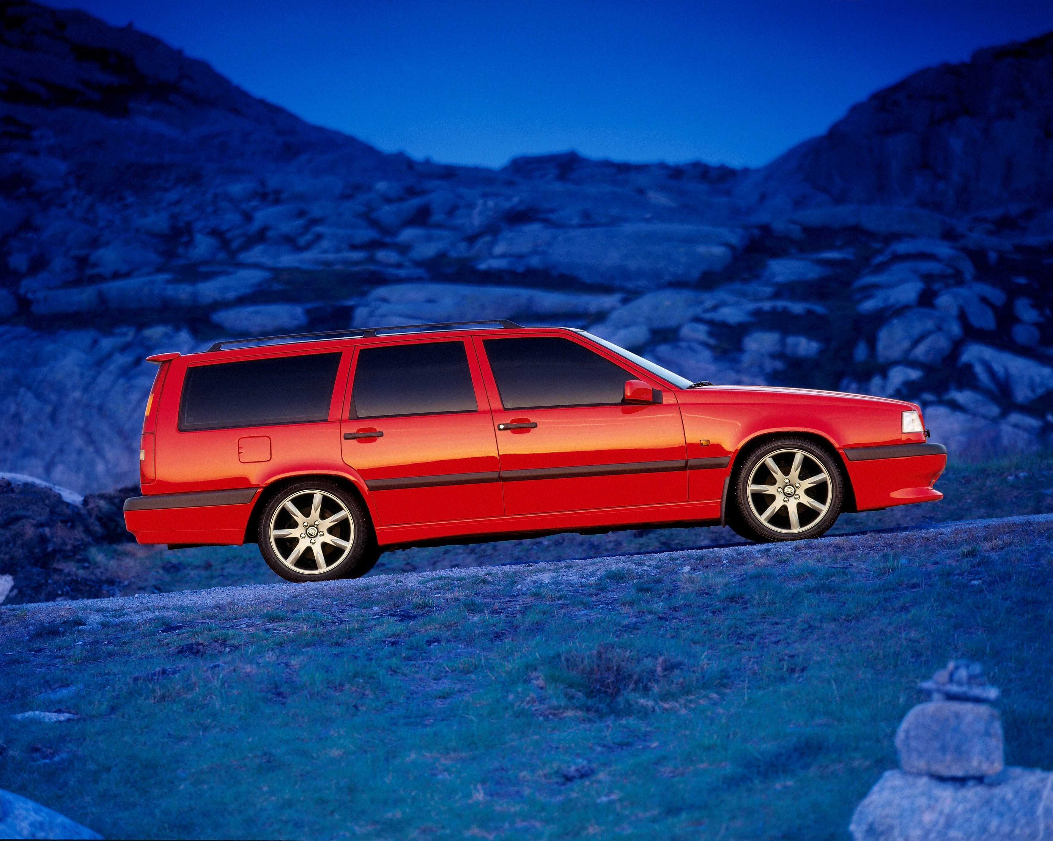 Volvo 850 R -  850, 850 wagon, 1996, Exterior, Historical, Images, R