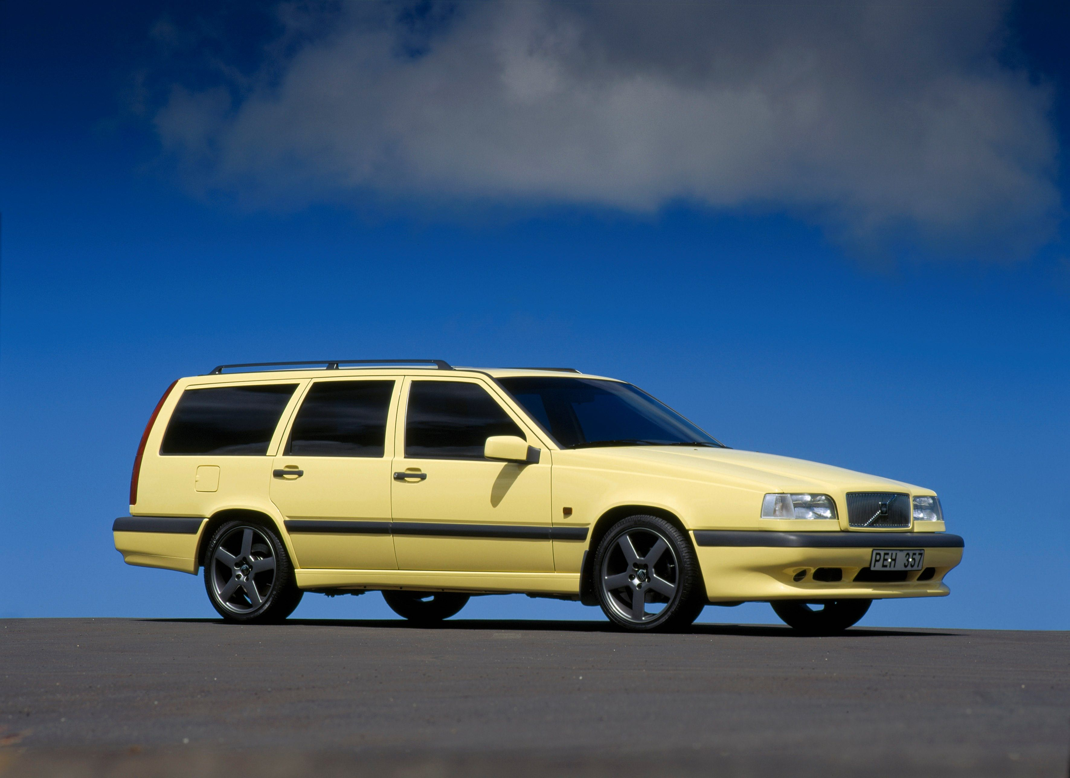 Volvo T 5r 850 -  850, 850 wagon, 1995, Exterior, Historical, Images, R, T-5R, Yellow, Yellow T-5R