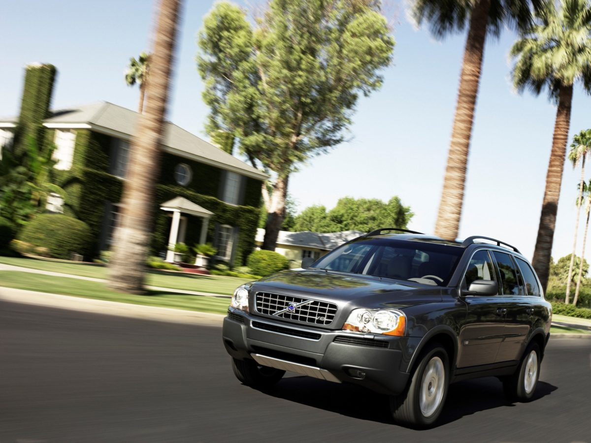 Volvo XC90 First Generation -  XC90 V8
