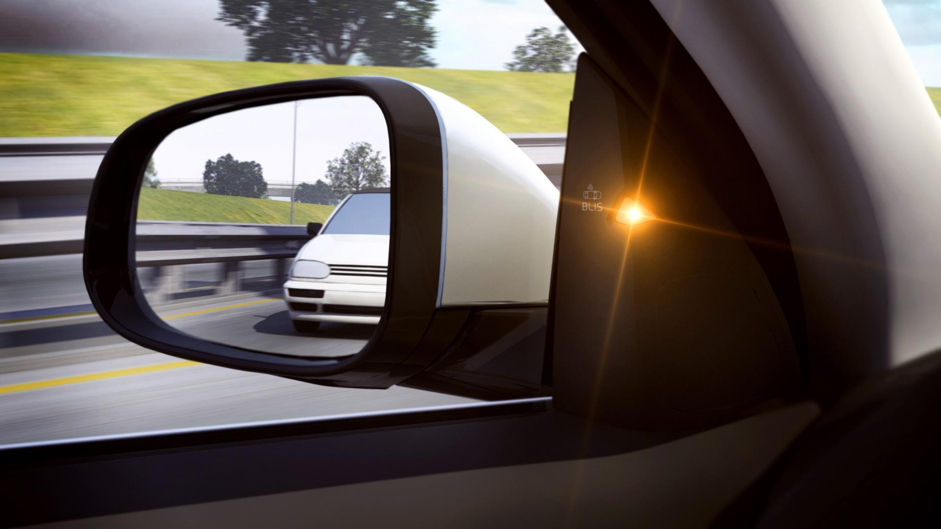 Blind Spot Information System (blis) -  2013, 2014, Images, S60, Safety, Technology, V40, V60, Volvo, XC60