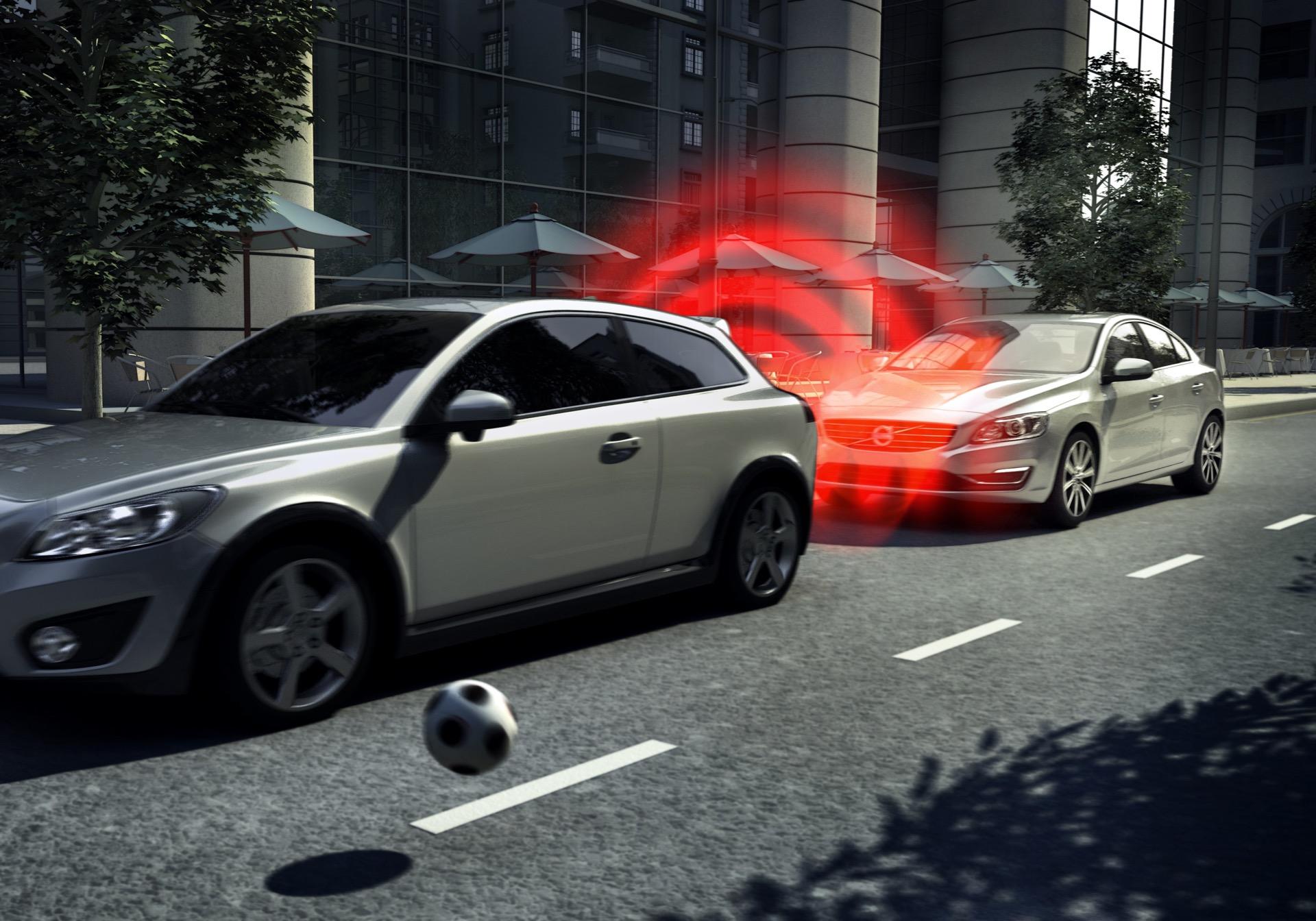 City Safety -  2013, 2014, Images, S60, S80, Safety, Technology, V40, V60, V70, Volvo, XC60, XC70