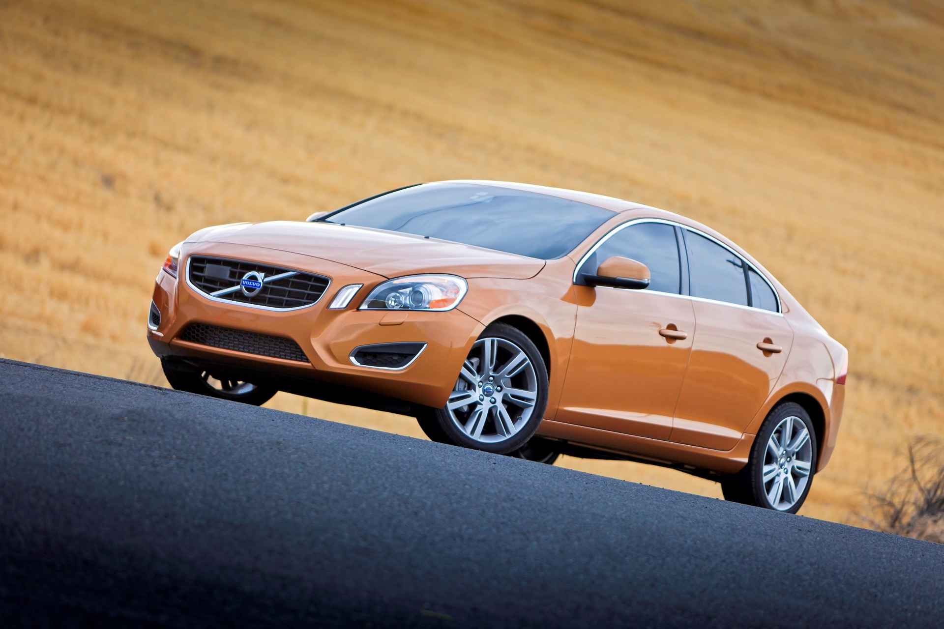 Front 3 4 Driver Side View Of S60 T6 Awd In Vibrant Copper -  Volvo