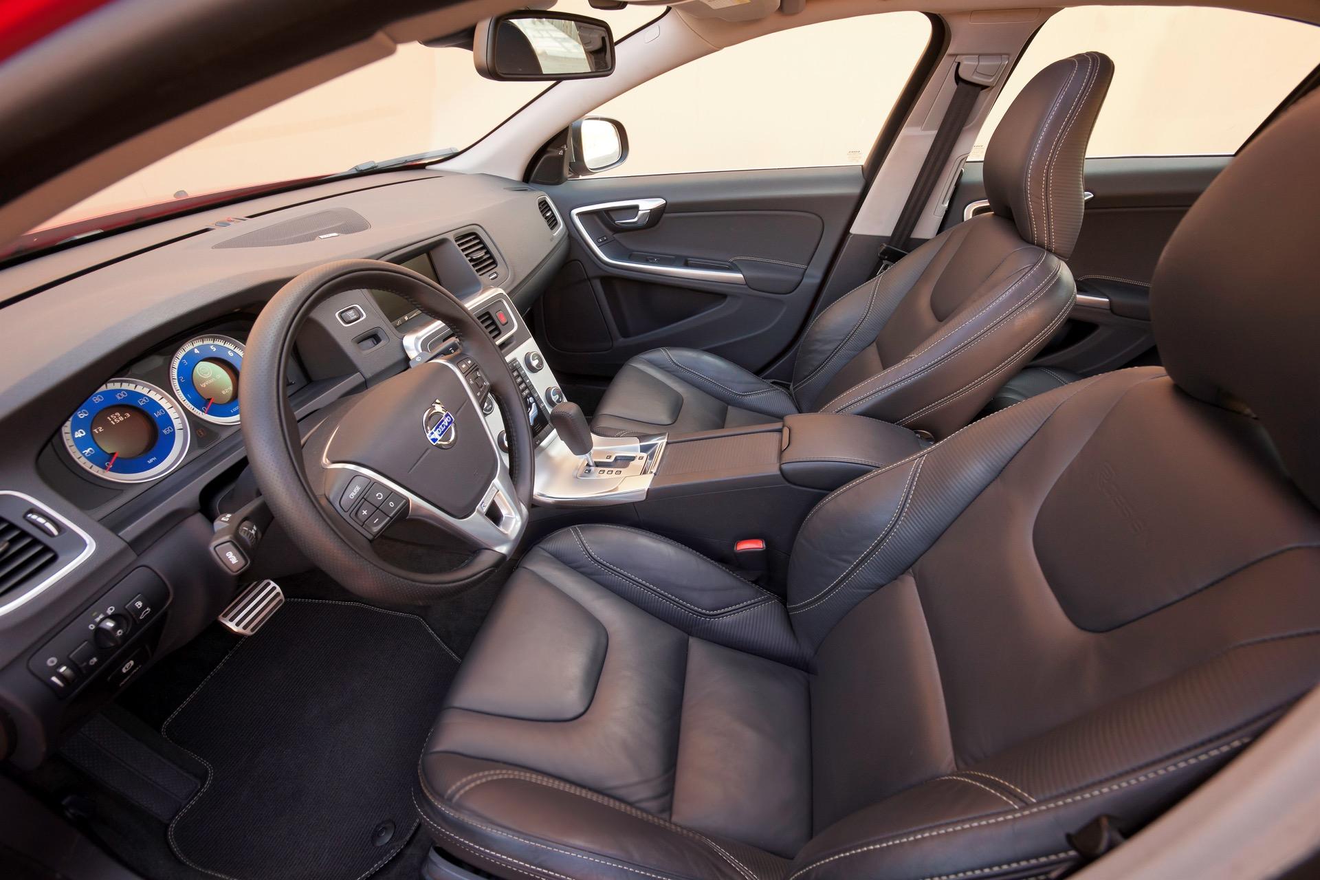 S60 R Design06 -  Volvo