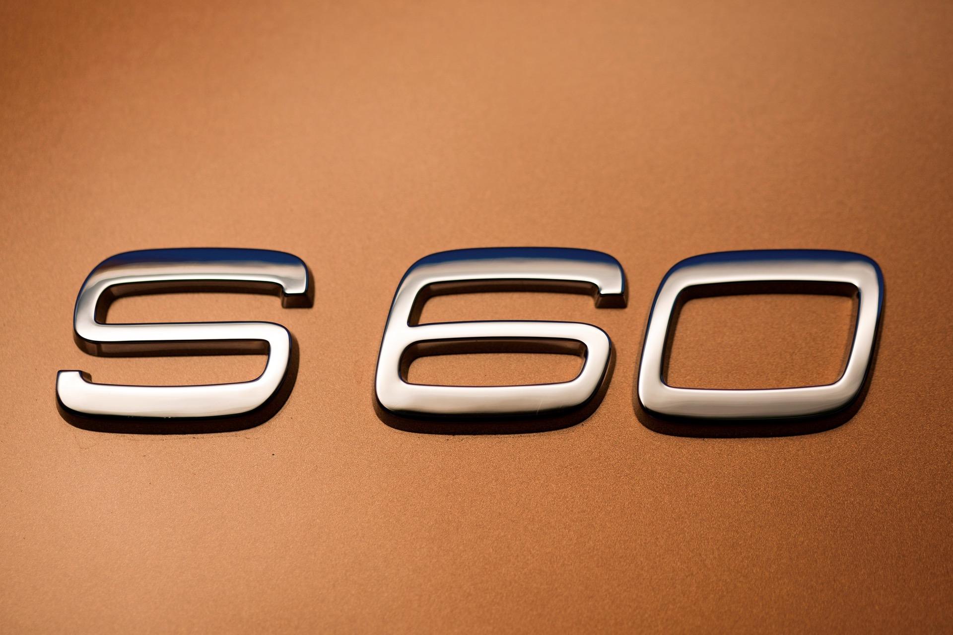 S60 T6 Awd Badge02 -  Volvo