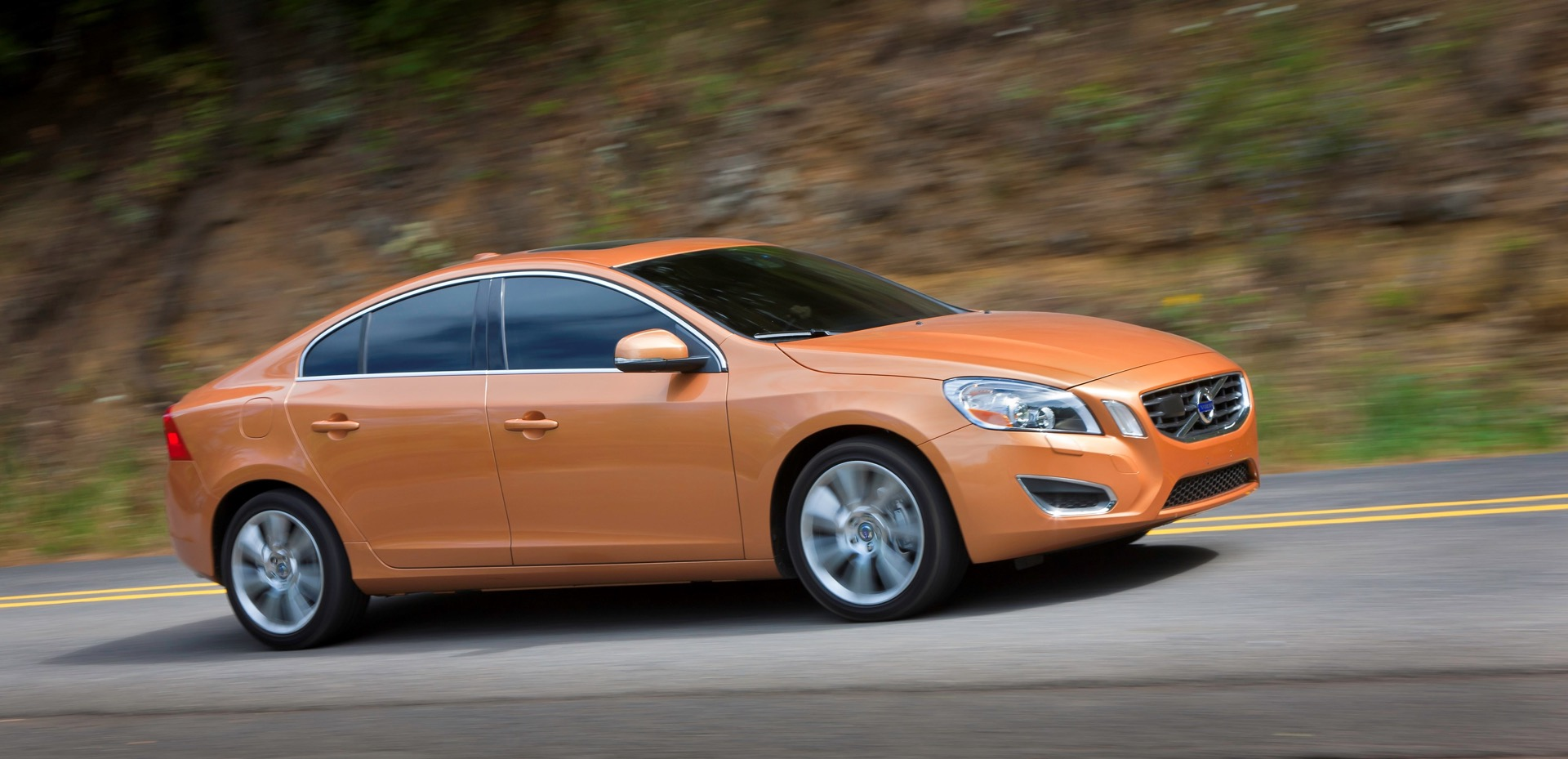 S60 T6 Awd Driving Action06 -  Volvo