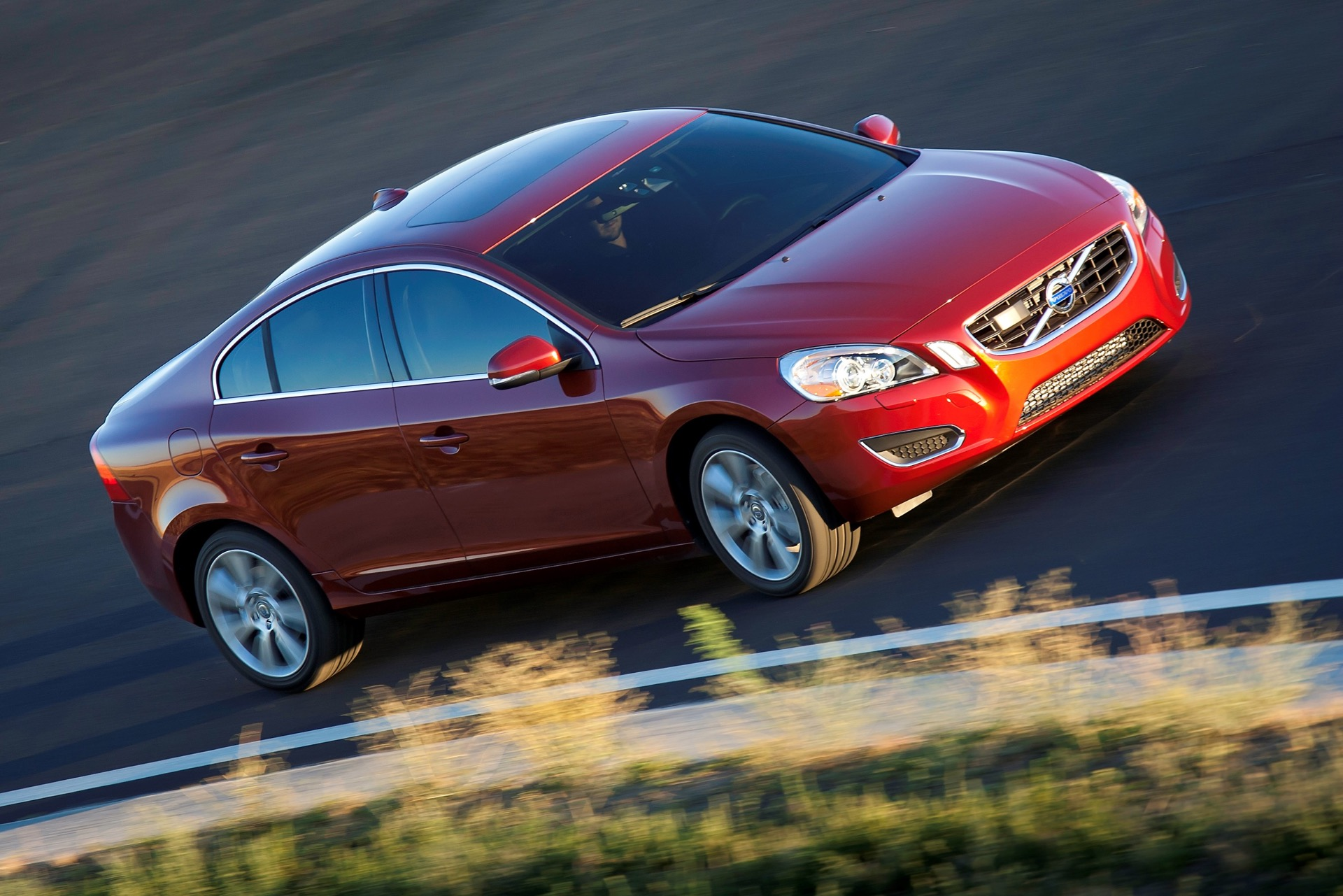 S60 T6 Awd Driving Action12 -  Volvo