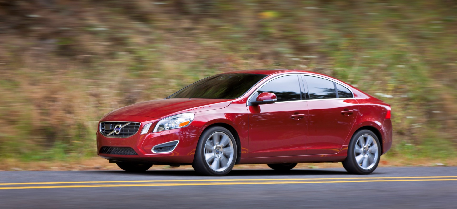 S60 T6 Awd Driving Action13 -  Volvo