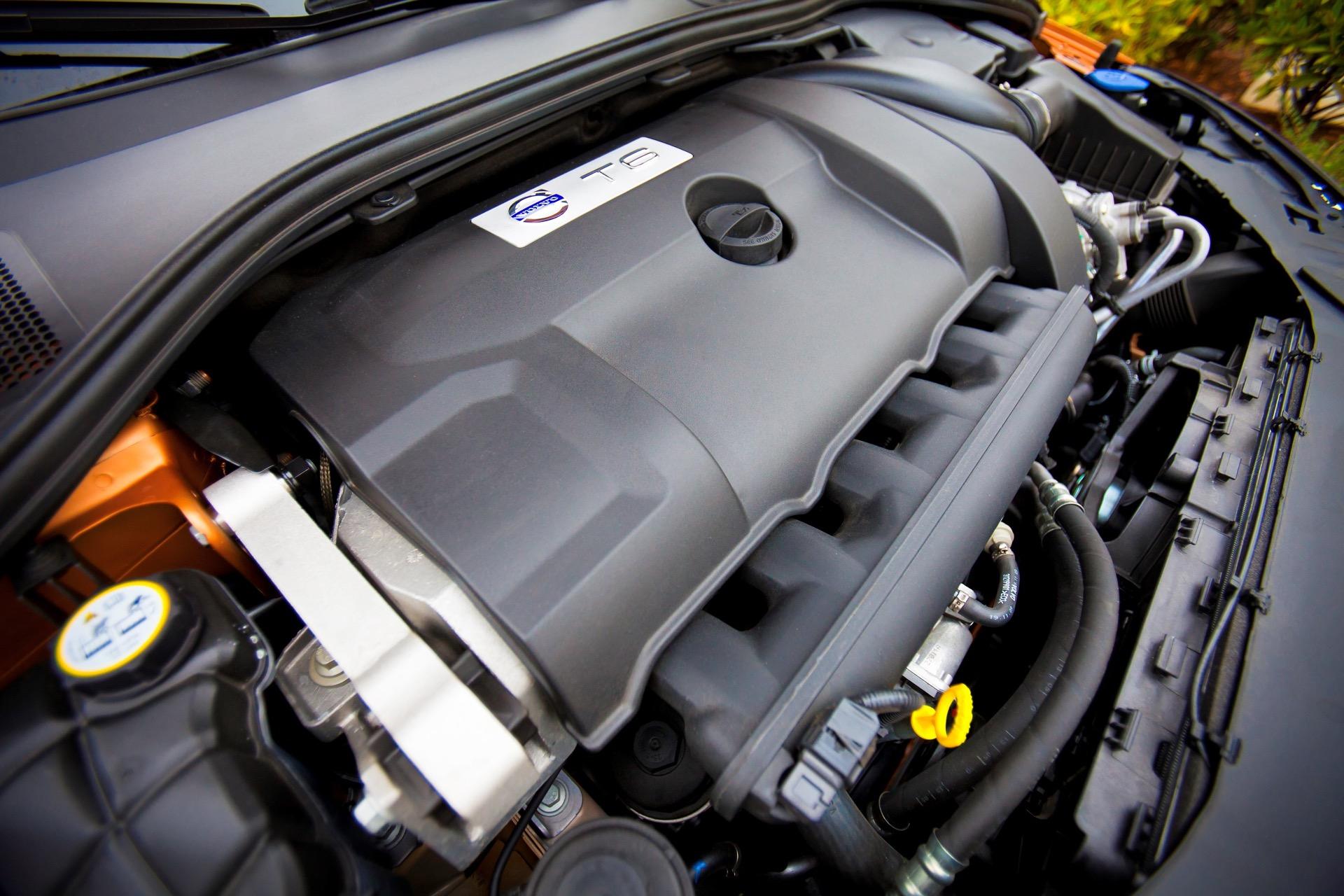 S60 T6 Awd Engine01 -  Volvo