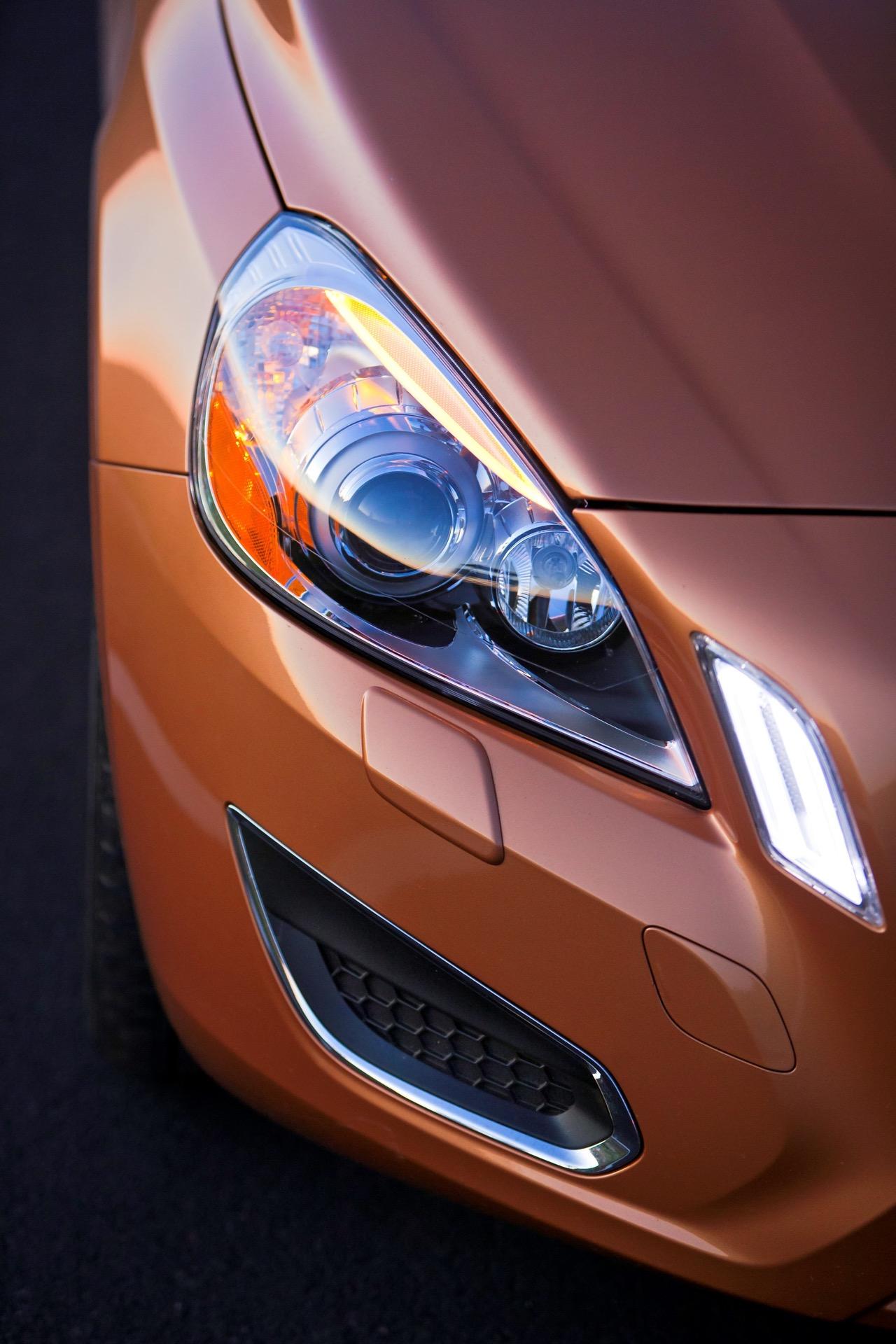 S60 T6 Awd Headlight Detail -  Volvo
