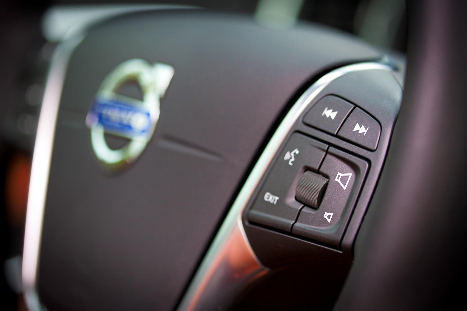 S60 T6 Awd Sport Steering Wheel -  Volvo