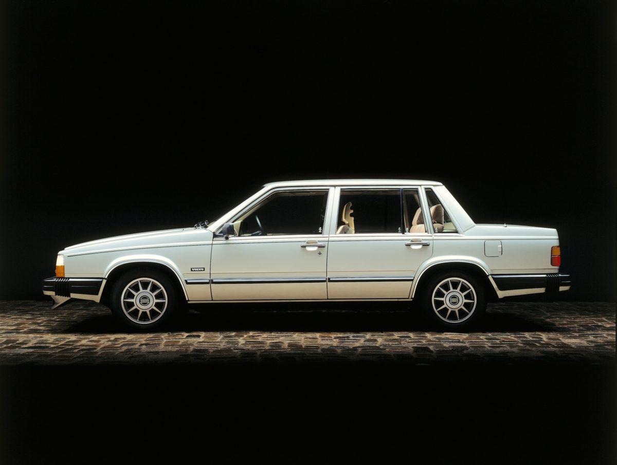6125 Volvo 760 Gle -