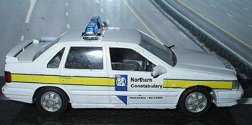 M238 Volvo 850 T5 Northern Constabulary Code 3 3878964359 -
