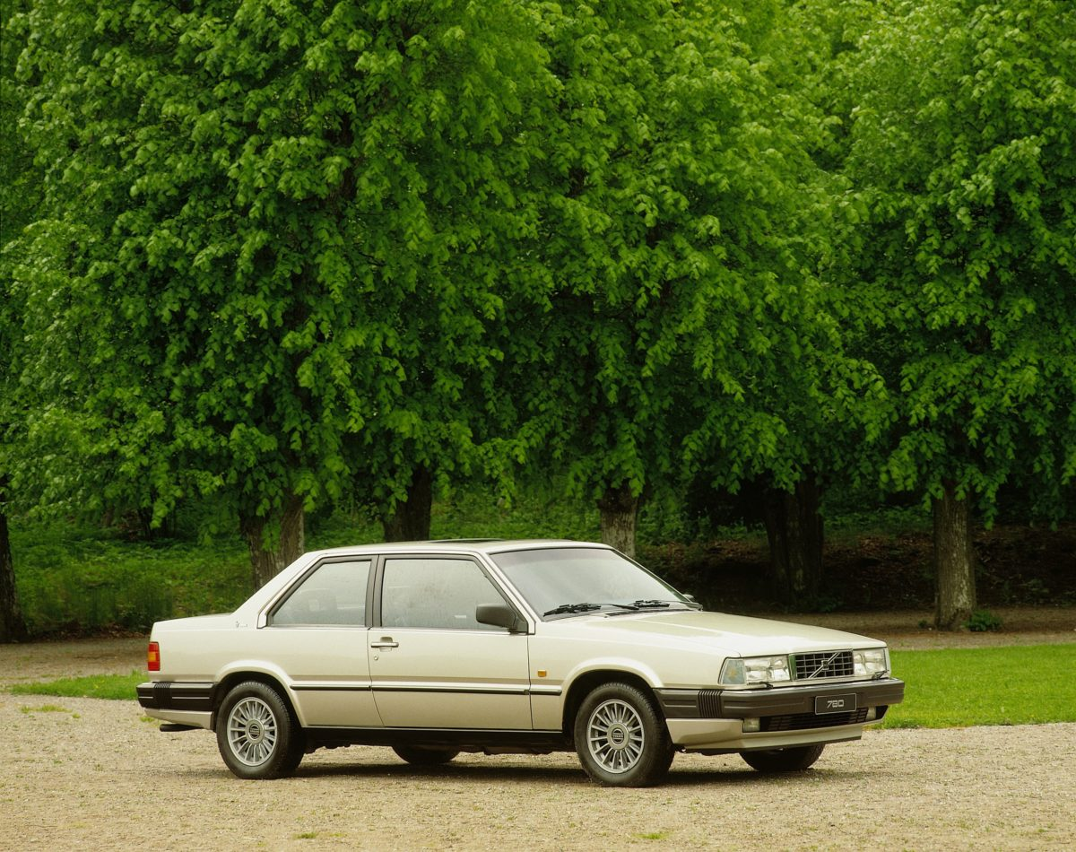 Volvo 780 -  780,  Historical,  Exterior,  Images,  1988,  2002