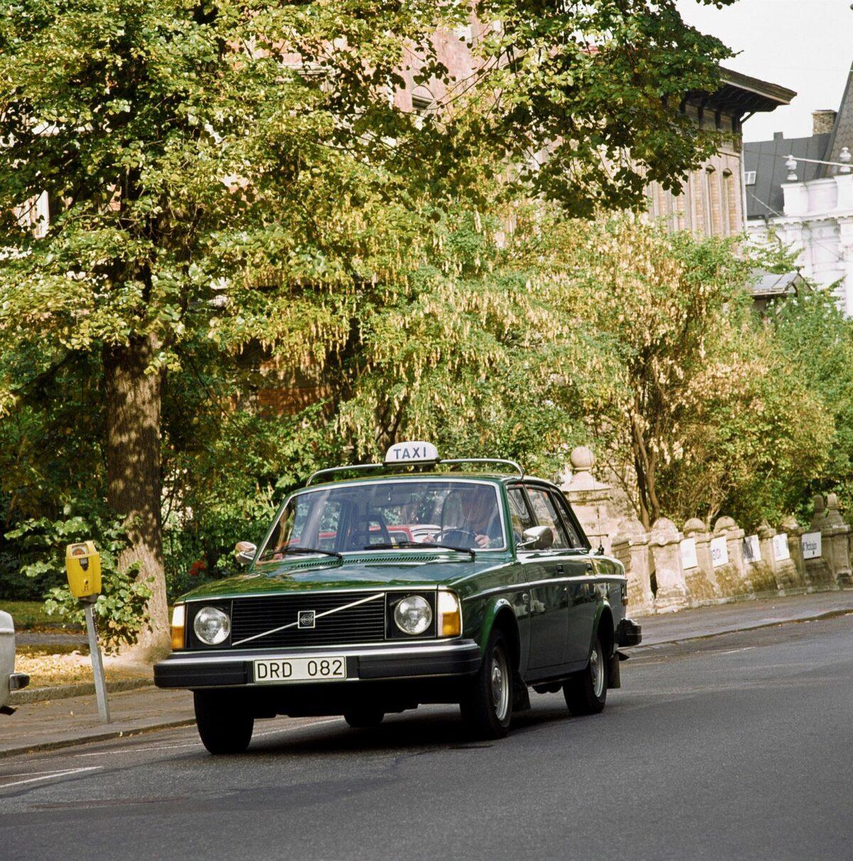 Volvo 244 Taxi