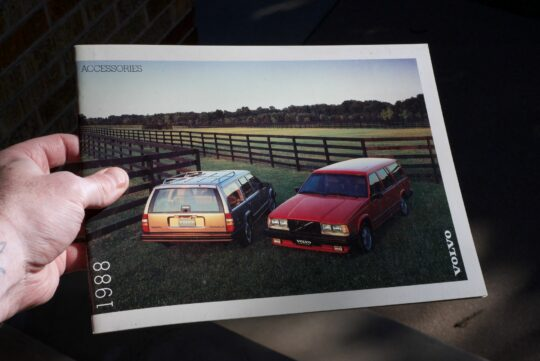 1988 Volvo Accessories Catalog