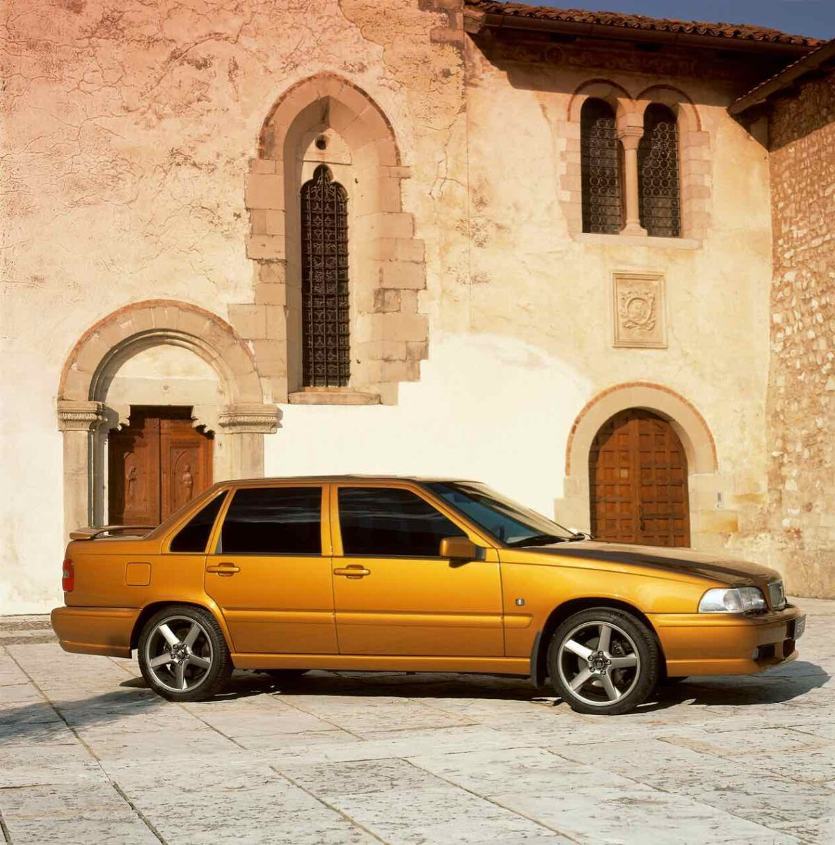 Volvo S70 R, sadly never offered in the US