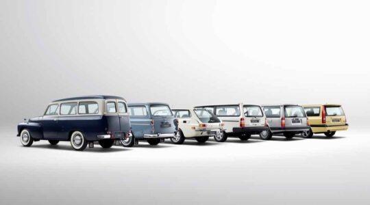 Volvo 850 Wagon With Older Volvo Wagons -  245, 850, 960, 1800 ES, 1949, 1962, 1971, 1974, 1990, 1991, 2016, Exterior, Historical, Images, P220, PV 445, VOLVO 245 (1974-1993), VOLVO 850 (1991-1996), VOLVO 960 (1990-1997), VOLVO 1800ES (1971-1973), VOLVO P220 AMAZON ESTATE (1962-1969), VOLVO PV445/PV445 DUETT (1949-1960)