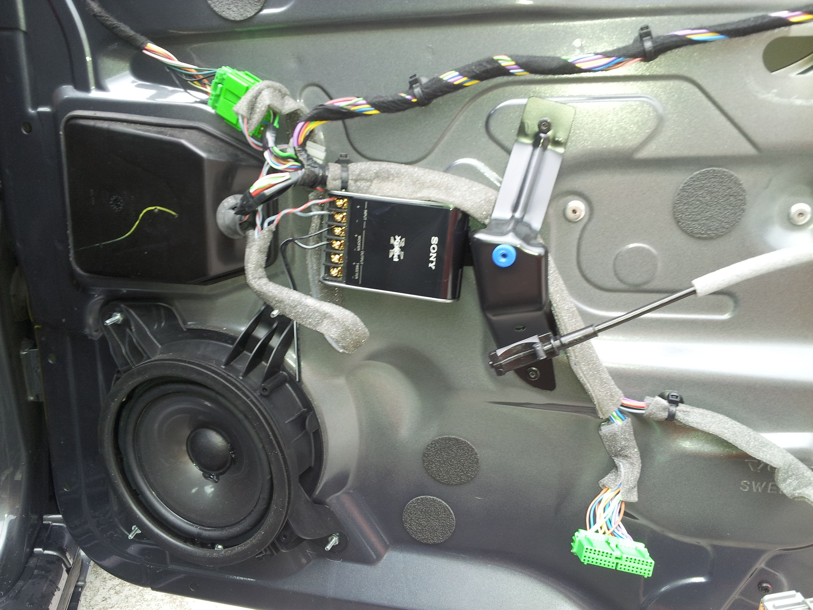 sony subwoofer model ss-msp75 how to take it appart